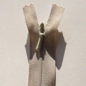 Reißverschluss nahtverdeckt 20cm - Beige
