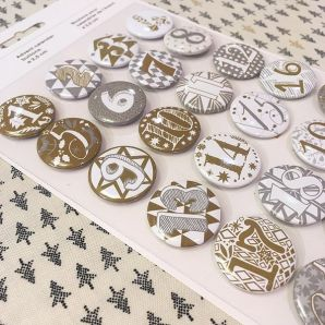 Adventskalender Buttons - Gold/ Silber