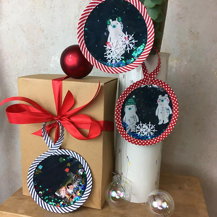 Weihnachtskugel mit Vinyl & Glitzer