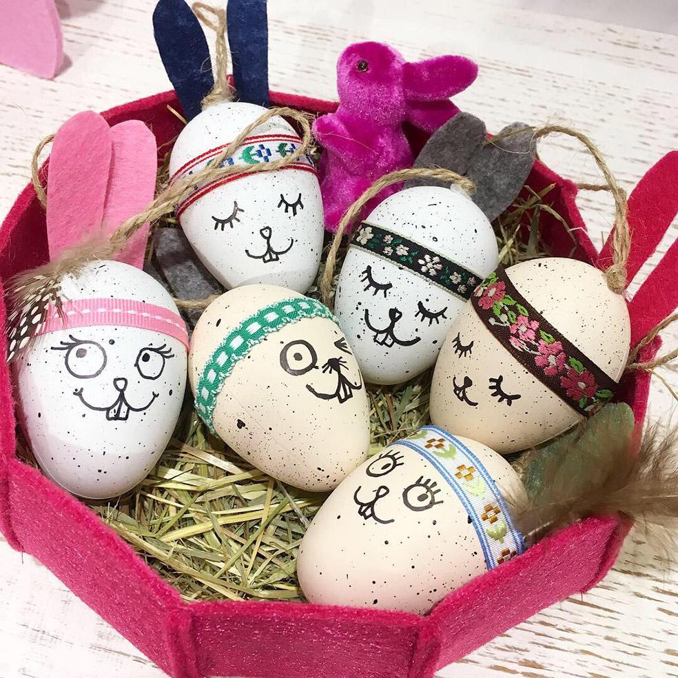 Witzige Hasen-Eier