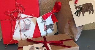 Geschenkanhänger und Grußkarten mit schönen Stoffen