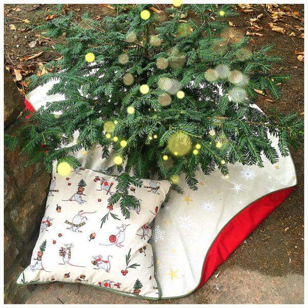Runde Weihnachtsbaum-Decke